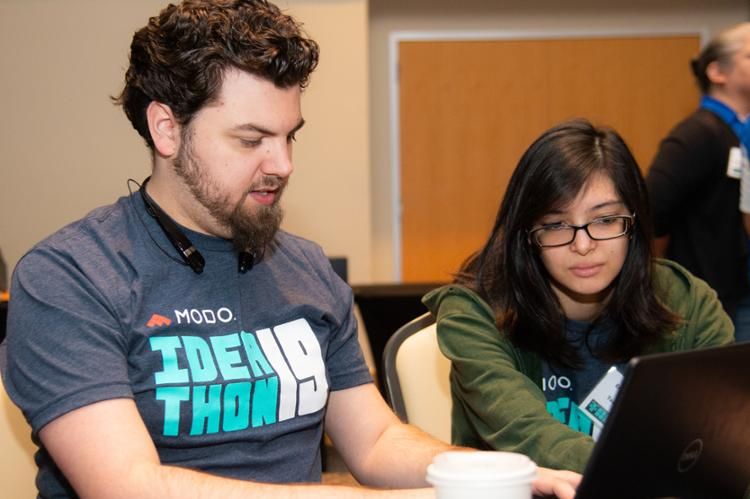 Islander Students Go Head-to-Head at Ideathon: Make an App, Make a Change