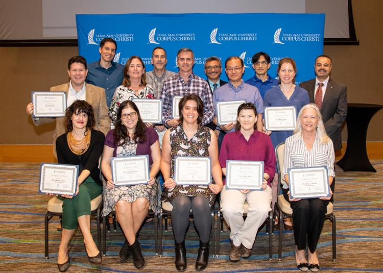 Islander Faculty Receive R&I Research Grants